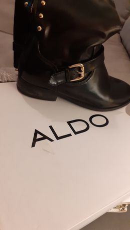 Vendo botas pretas ALDO