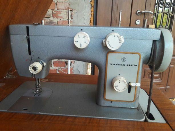 Швейна машинка Чайка 142 М