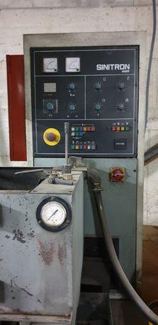 Máquina de eletroerosão Sinitron