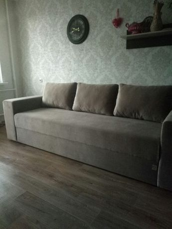 Двухспальный диван кровать с матрасом для ежедневного сна прямой