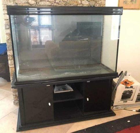 Aquário com armário  450 litros Aquarium Aquatlantis, com bomba fluval
