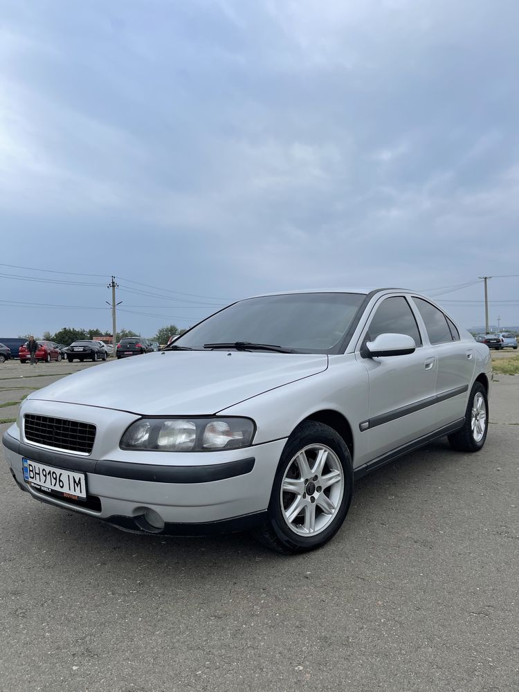 Продам Volvo S60 avtomat