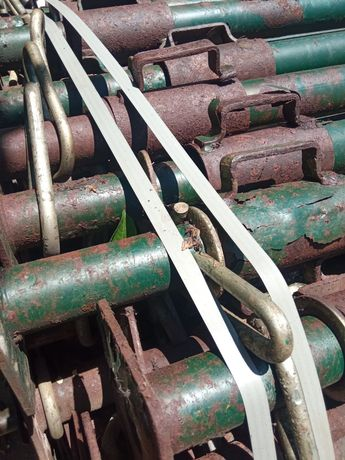 Escoras metálicas usadas a funcionar