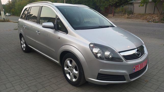 Opel Zafira отличное состояние