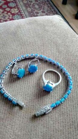 Набор серебро с голубыми опалами