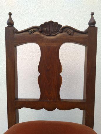 Cadeira estilo Queen Anne