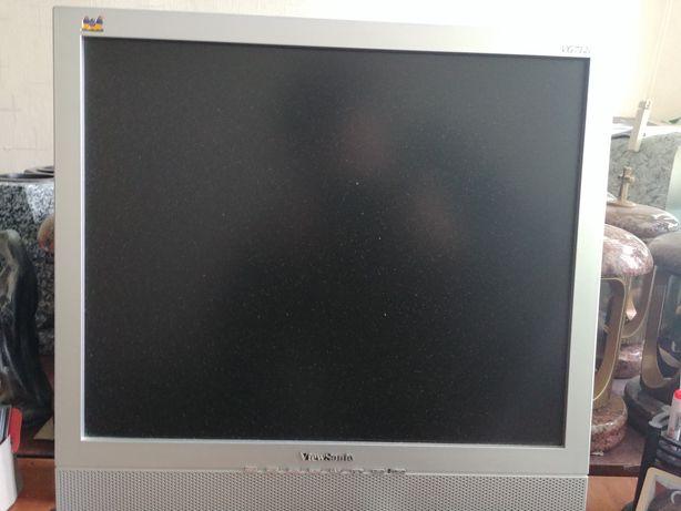 Продам монітор 17 дюймів