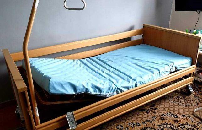 łóżko rehabilitacyjne i nowy wózek inwalidzki  plus gratisy