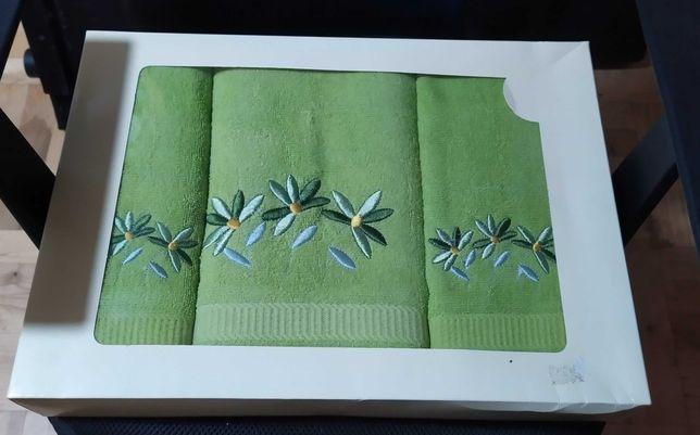Zestaw 3 zielonych ręczników nowy na prezent
