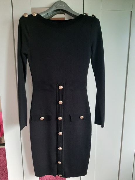 Suknia czarna klasyczna
