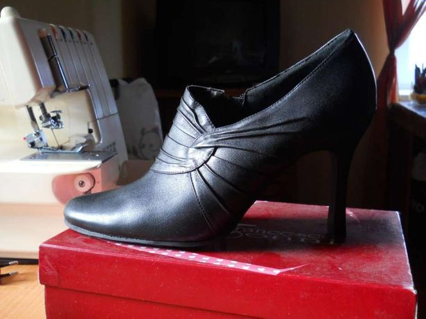 Туфли женские натуральная кожа, по стельке 25,5 см