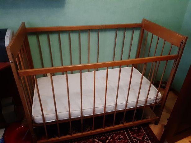 Детская кровать деревянная с матрасом