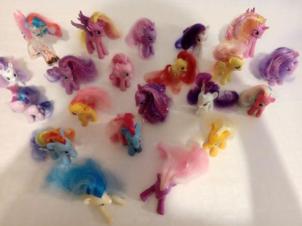 Zestaw kucyków my little pony