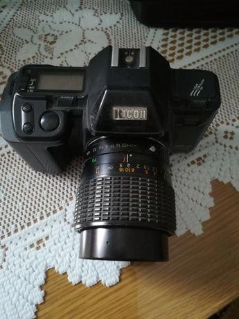 Aparat fotograficzny analogowy na klisze RICOH