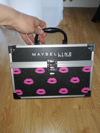 Kuferek na kosmetyki Maybelline