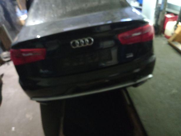 Audi a6 c7 sedan błotnik tył prawy lewy  lz9y