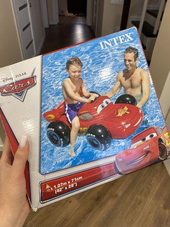 Надувные детские игрушки и детский бассейн