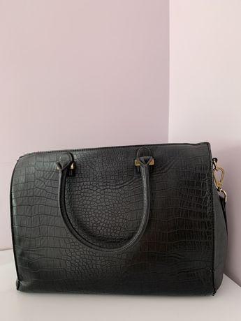 Czarna wężowa torba H&M
