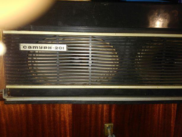Продам бабинный магнитофон сатурн + музыка бобины Кривой Рог