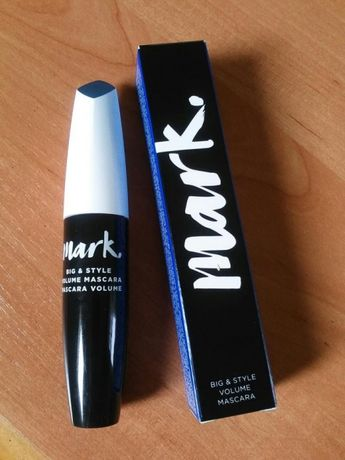 Modelujący tusz do rzęs MARK AVON BIG&STYLE VOLUME MASCARA black