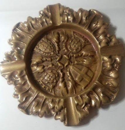 Cinzeiro em bronze com Brasão