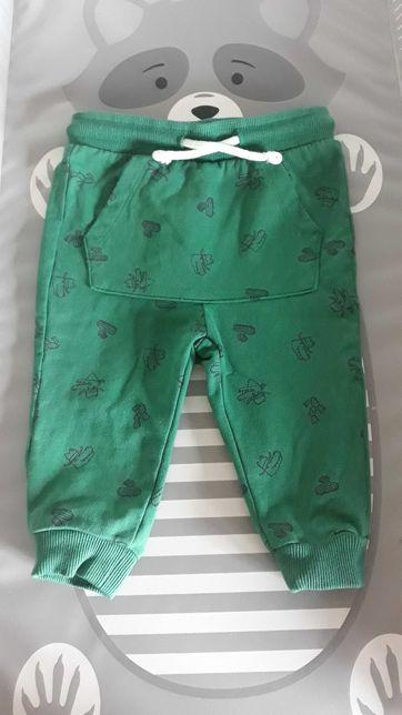 Spodnie dresowe roz.74