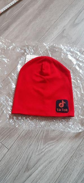 Новая шапочка на весну тик ток 3-5 лет красная