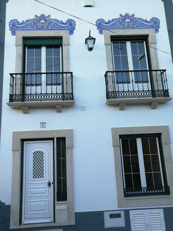 Moradia acolhedora e confortável, com 3 quartos e 2 casas de banho