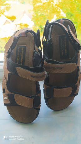 Продам сандали 37 размера