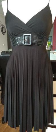 Sukienka czarna plisowana pasek koktajlowa wesele