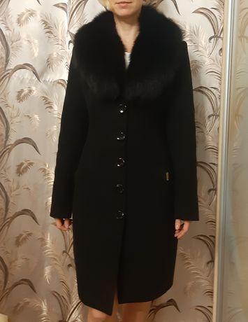 СРОЧНО Пальто весеннее, демисезонное, на тёплую зиму черное