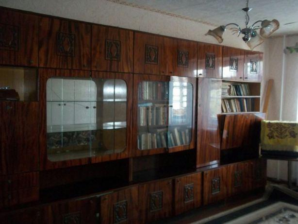 Продам 2-х комнатную квартиру в центре этаж 4 из 5.