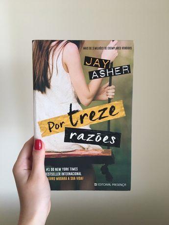 """Livro """"Por Treze Razões"""" de Jay Asher"""