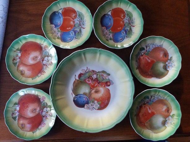 Uroczy zestaw deserowy Ćmielów - patera + 6 talerzyków - Sygnatura
