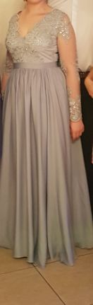 Długa sukienka z koronkową górą