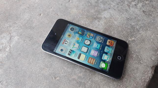 Продам iPod 4 на 8gb в хорошому стані