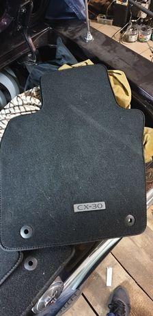 Dywaniki wykładzina  Mazda  Cx-3  Cx-30