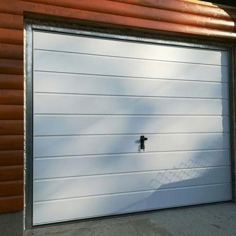 Bramy garażowe Brama garażowa 3x2 ocieplona .
