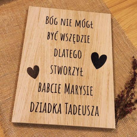 Deska drewniana z napisem