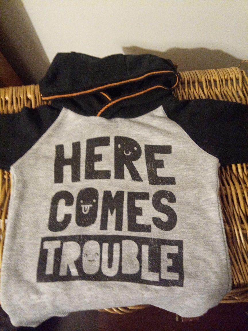 Conjunto de 4 Sweatshirts gorro menino em bom estado 18 / 24 cardadas