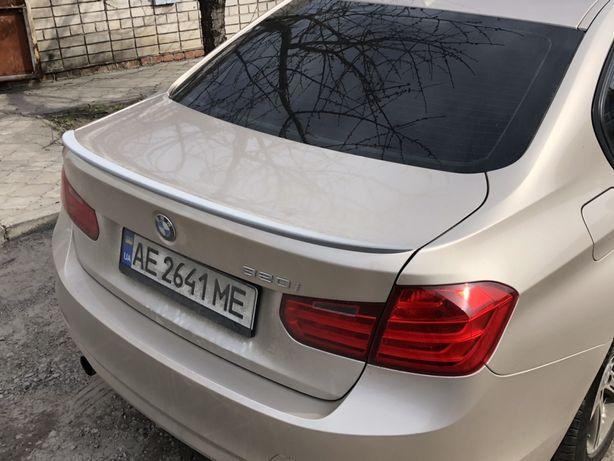 Спойлер на багажник козырек на стекло BMW 3 F 30 БМВ Ф 30