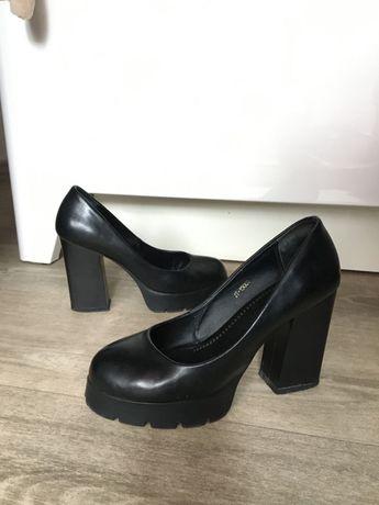 Туфли из натуральной кожи 37р черные