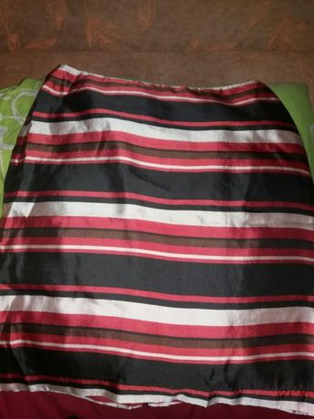 Шелковая юбочка красивая новая