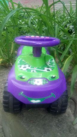 Машинка толокар с муз рулём
