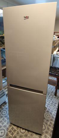 Lodówko zamrażarka Beko RCSA365K20W biała 185cm