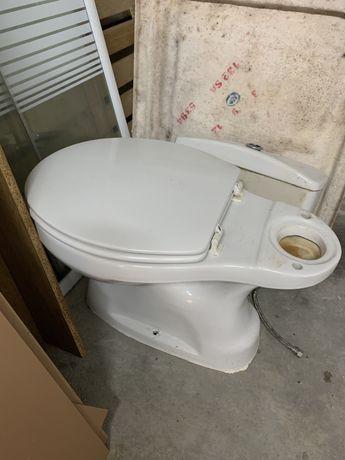 Sanita para WC usada em bom estado