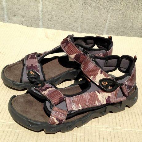 сандалі Everest розмір 38