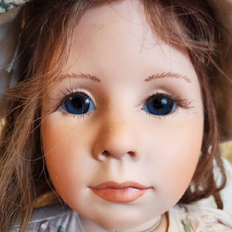 винтажная фарфоровая коллекционная кукла