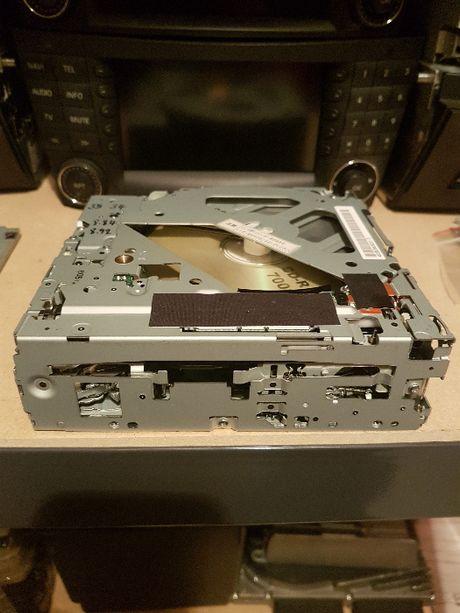 Zmieniarka płyt mechanizm laser Mercedes W221 W216 W204 ntg3