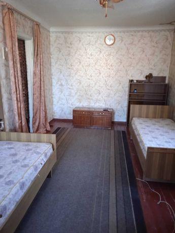 Сдам однокомнатную квартиру на длительний срок. Район Кирова.